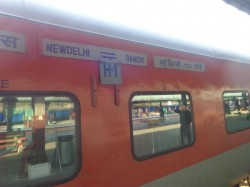 Now Ranchi Rajdhani Express Derails Near Delhi No Casualties Reported