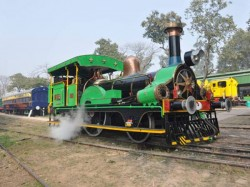 Fairy Queen World S Oldest Surviving Functional Steam Engine In The World Is Back In Action