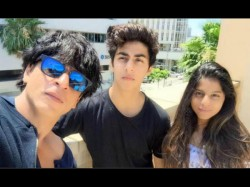 Shah Rukh Khan S Eldest Son Spotted With Young Girl Goes Vir