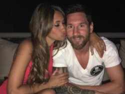 Another Lionel Messi Hat Trick Wife Antonella Roccuzzo Expecting Third Child