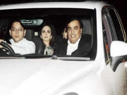 Do You Know How Much Mukesh Ambani S Driver Earns A Month