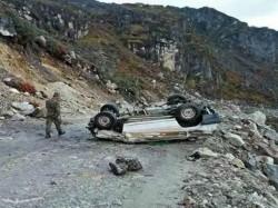Three Tourists From Kolkata Died A Road Accident Near Tawang Arunachal Pradesh