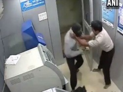 Atm Security Guard Foils Robbery Bid Goa While Being Hit On Head With Hammer