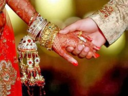 Priests Administer Additional Vows Marrying Couples Curb Female Foeticide In Rajasthan