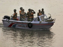 Amid Tightened Land Security Pakistan Using Divers Smuggle Into India