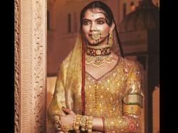 This Scene From Padmavati Left Deepika Padukone Disturbed