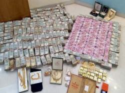 Cbi Arrest Businessman Over Post Demonitisation Cash Deposit From Ahmedabad