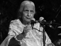 Queen Thumri Singer Girija Devi Passed Away At The Age