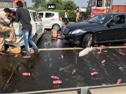 Beer Cans Spilled Dry Gujrat After Car Met With Accident