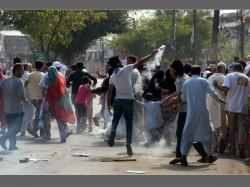 Crpf Sends Plastic Bullets Kashmir Reduce The Use Metal Bullets Pellet Guns