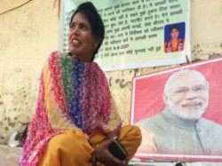 Woman From Rajasthan Sit In At Jantar Mantar Delhi A Month Marry Pm Modi