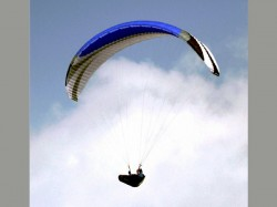 Army Rescues American Paraglider Stuck At 15 000 Ft Himachal Pradesh