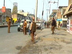 Militants Attack Security Vehicle Jammu Kashmir S Anantnag