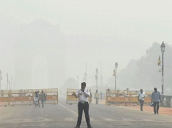 Delhi Air Pollution Sets Alarm Bells Ringing Shuts Down Primary Schools On Wednesday