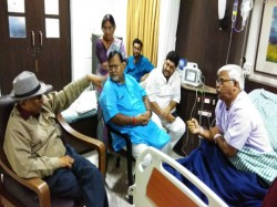 Partha Chatterjee Meets Sujan Chakraborty At Hospital Where He Admitted Treat Dengi