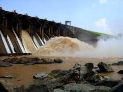Durgapur Barrage S Lock Gate Broke Down Water Rush