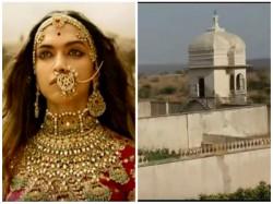How Alauddin Khilji Saw Padmini At Padmini Palace Chittorgarh