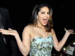 Watch Sunny Leone S Most Sexy Dance Number Find Which Is Sexiest