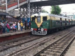 Train Services Disrupted The Sealdah South Section Due Signaling Problem