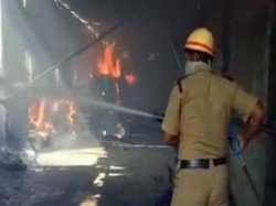 Fire Brokes In The Morning At Shoe Factory Domjur S Ankurhati