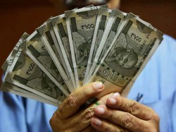 Banks That Still Pay 9 Interest On Fds 7 On Savings Bank Accounts
