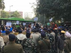 Congress Vs Bjp At Poll Panel Office Delhi Over Pm S Roadshow
