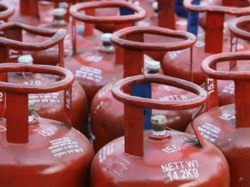 Oil Firms Skip Monthly Lpg Price Hike The First Time 17 Months