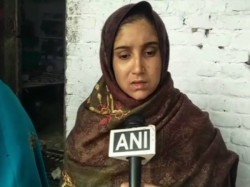Muslim Woman Thrashed Husband Waking Up Late Given Triple Talaq Uttar Pradesh