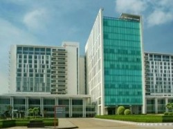 Medanta Hospital Gurugram Controversy Billing Dengi Patient About 16 Lakhs