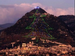 World S Largest Christmas Tree Lit Up Italy