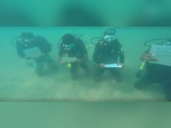 Underwater Prayers Held Those Killed Cyclone Ockhi Near Thiruvananthapuram