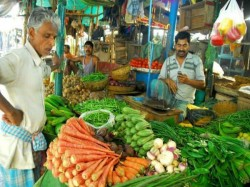 Retail Inflation Surges 15 Month High Breaches Rbi Target