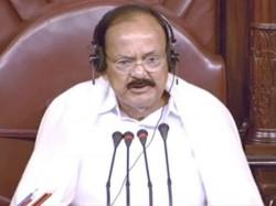 Pm Modi Not Going Apologise Says Venkaiah Naidu On Pm S Allegations About Manmohan Singh