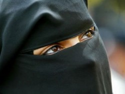 Muslim Woman Given Triple Talaq Up Over Dowry Demand