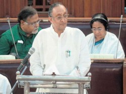 West Bengal Finance Minister Amit Mitra Presenting His Speech 2018 State Budget The Assembly
