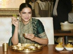 Deepika Padukone Celebrates The Success Padmaavat Over Rajasthani Thali