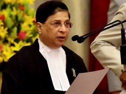 Cji Dipak Misra Meets Four Dissenting Judges Resolve Supreme Court Crisis
