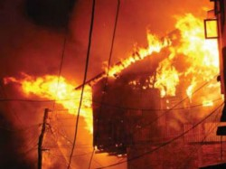 Late Night Devastating Fire Spreads Dumdum Gorabazar