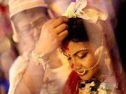 Know The Best Age Get Married According Zodiac Sign