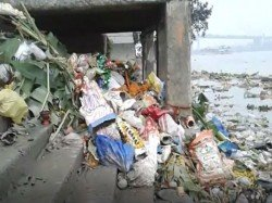 Different Ghats Kolkata Are Unclean After The Immersion Goddes Saraswati