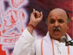 Pravin Togadia Again Attacks Narendra Modi On Ram Temple Issue