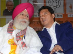Bjp Mp Surinder Singh Aluwalia Stands Beside Bimal Gurung