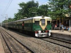 Cctv Cameras Ladies Compartment Emu Locals Soon West Bengal