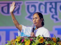 Mamata Banerjee S Darjeeling Visit Development All Attack Bjp Cm S Dual Strategy