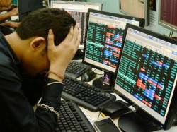 Sensex Suffers Another Big Fall After Wall Street Bloodbath