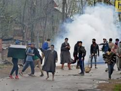Kashmir Photographer Is Jailed Few Question Arises