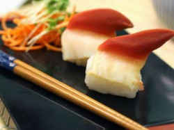 Sushi Gets Awake Plate At Japanese Resturant Video Goes Viral