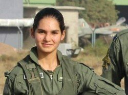 Avani Chaturvedi First Indian Woman Pilot Fly Fighter Jet Mig 21 Bison Know About Her