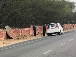 Picture Rajasthan Minister Urinating On Walls Jaipur Goes Viral