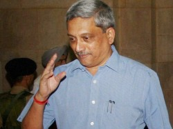Goa Cm Manohar Parrikar Arrives Us Theatment Advanced Pancreatic Cancer